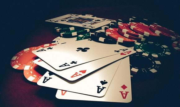 poker_deals_shutterstock